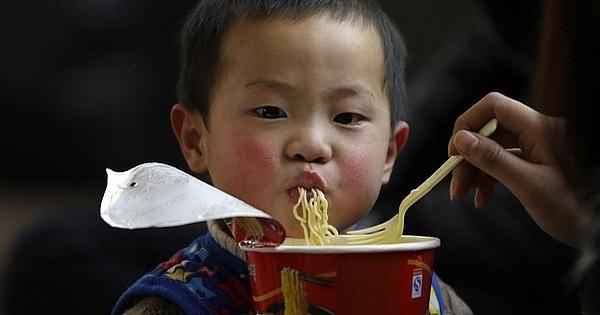 Bahaya Makan Mie Instan Secara Berlebihan